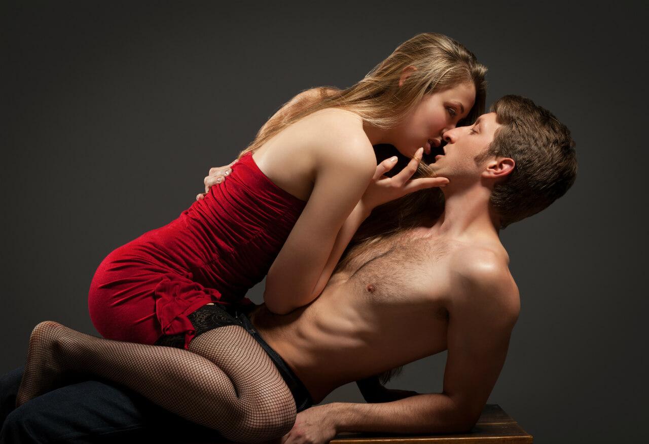 Соблазнение женщины мужчиной - основа отношений