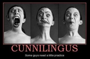 Женщина во время куннилингуса - забавная картинка