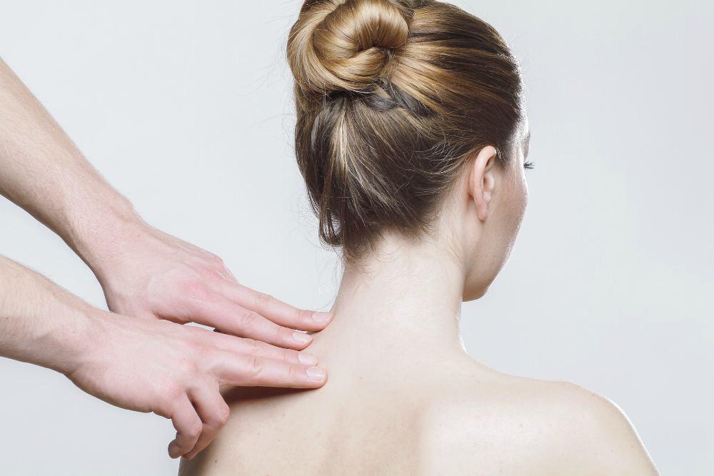 Как соблазнить девушку на массаж