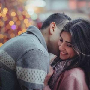 Как правильно развести девушку на поцелуй