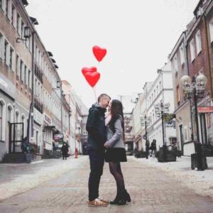 Как подвести к поцелую