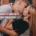 как подвести девушку к первому поцелую