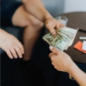 Почему нельзя платить за женщин