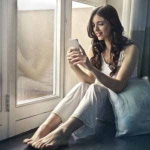 Как разговаривать с девушкой по телефону