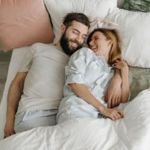 как впечатлить девушку в постели